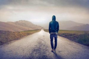 La soledad es buena o mala