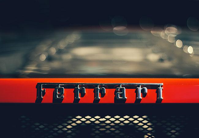 El poder de las críticas: Historia de Ferrari y Lamborghini